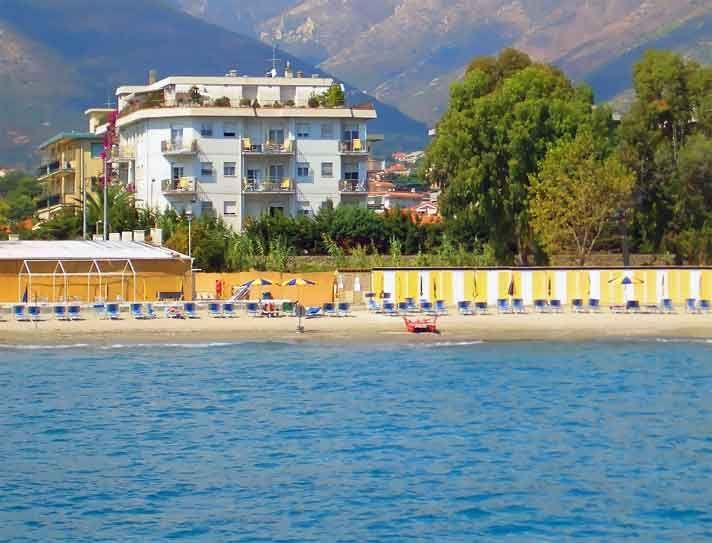 Hotel A Ceriale Sul Mare