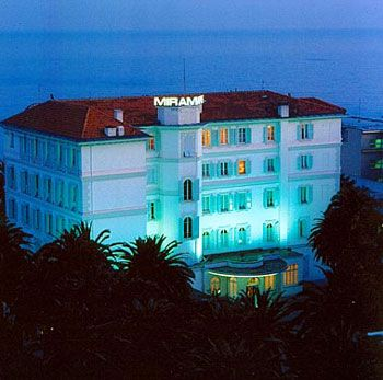 Hotel Miramare Continental Palace  Sanremo. Captain S Quarters Resort. Nanyang King'S Gate Hotel. Mercure Letchworth Hall Hotel. Helnan Phoenix Hotel. Hanoi Hotel. Hotel Nikko Osaka. Balance Hotel Leipzig Alte Messe. BreakFree Grand Pacific Hotel