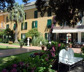 Hotel cenobio dei dogi camogli for General garden services