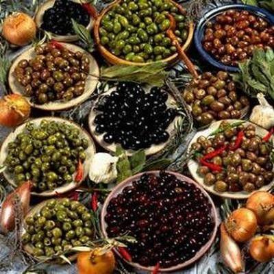 Itinerari in liguria la strada dell 39 olio in liguria - Tipi di olive da tavola ...
