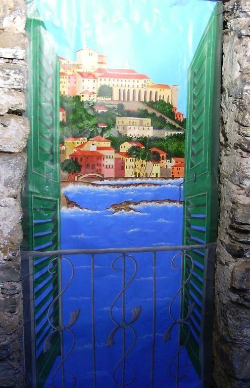Valloria e le sue porte dipinte - B b porta di mare ...